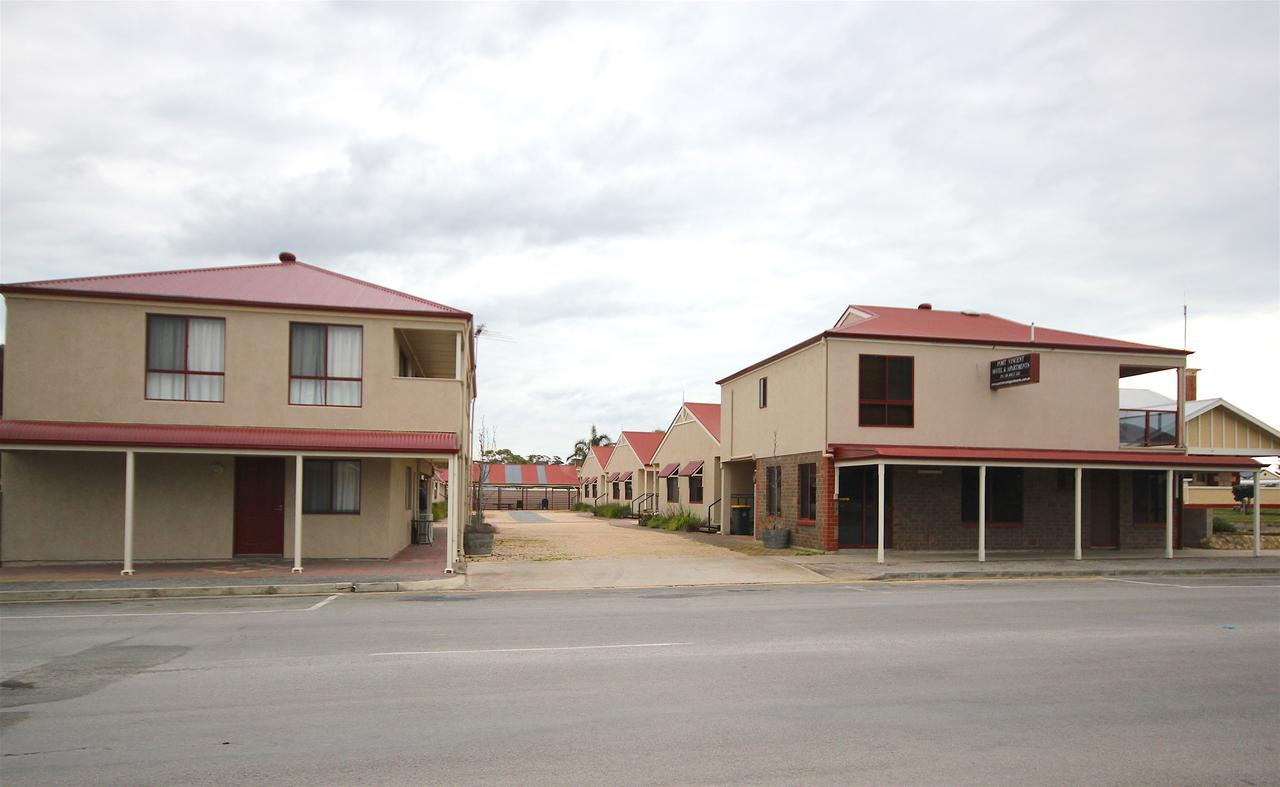 Port Vincent Motel  Apartments - SA Accommodation