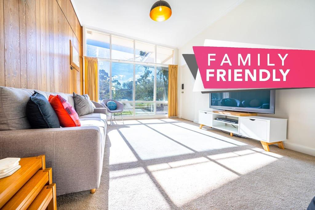 Evergreen On Franklin-Family Friendly - Wifi - Unique - SA Accommodation