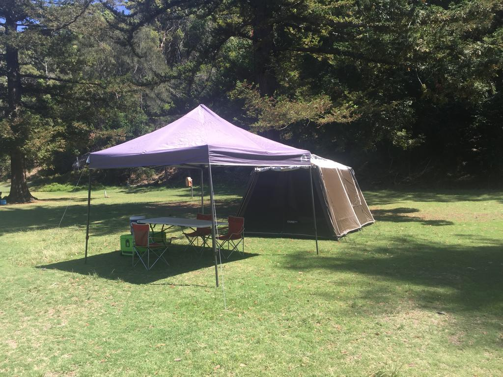 Basin Ku-ring-gai Campsite Set Up - SA Accommodation